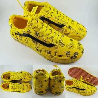 Sepatu Kets Skate Vans Old Skool Peanuts Charlie Brown Comics Yellow Black Kuning Hitam