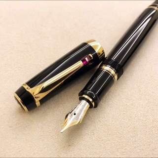 Montblanc Boheme Fountain Pen with Ruby 萬寶龍 紅寶石鋼筆