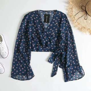 [PO] v neck floral blossom wrap top