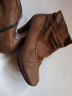 Korean heels boots