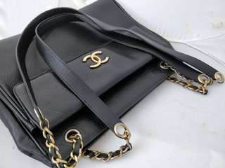 VINTAGE CHANEL BLACK CAVIAR LEATHER CHAIN CC LOGO TOTE SHOPPER SHOULDER BAG