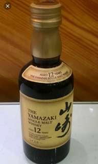 已停止生產,絕版山崎12年威士忌酒辦50mI一支。
