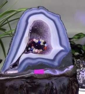 瑪瑙壁紫晶洞