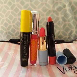 Bundle pink lipstick and mascara
