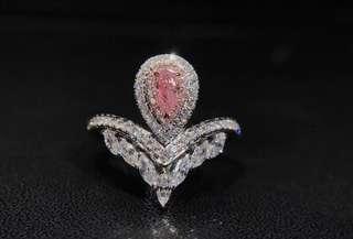 18K白金粉鑽鑽石戒指
