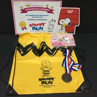 Snoopy run goodies bag 2016