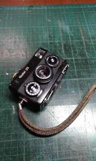 Rollei 35 黑機露銅 底片相機 復古相機 有附手腕帶,原廠保護鏡(沒有了),leica萊卡快門鈕