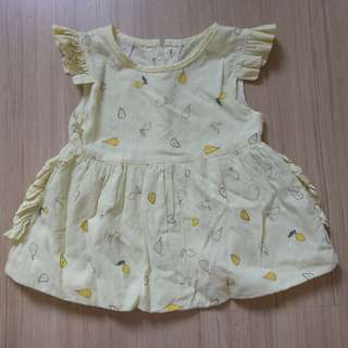 Baby girl dress in yellow with fruit prints