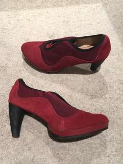 Size 7 Red and Black Heels sexy shoes