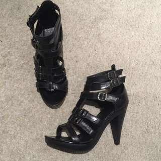 Size 8 Sexy Novo Black Stappy High Heels