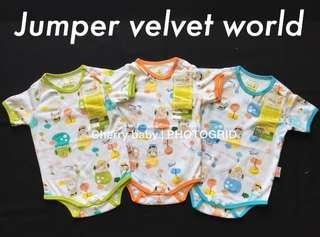 Jumper bayi segitiga new born