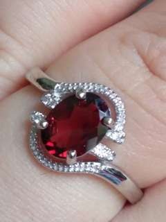 🎍$88 Fixed Price Promo - Natural Red Garnet Oval Ring🎍