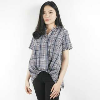 Delucy Blouse