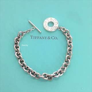 AUTHENTIC TIFFANY & CO. SILVER TOGGLE BRACELET