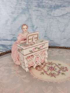 Antique Dresden lace porcelain pianist figurine - hand painted & hand crafted