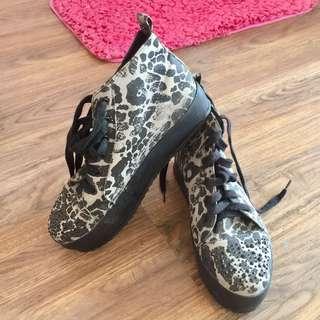 High cut shoes