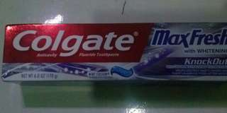 🆕 Colgate MaxFresh with Whitening - Mint Fusion 170g