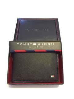 New! Tommy Hilfiger Men's Genuine Leather Passcase & Valet Black Wallet Authentic