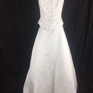 A12 Wedding Gown for rent