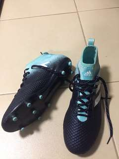 Authentic Adidas Men Football Shoes