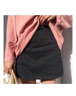 Black mini skirt jeans size S