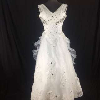 A24 Wedding Gown for rent