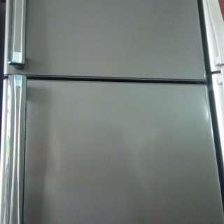 Kulkas bisa di cicil