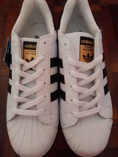 Adidas Superstar (Black Stripe Gold Tag)