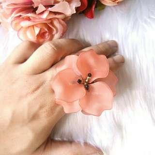 Rosita Cocktail Ring