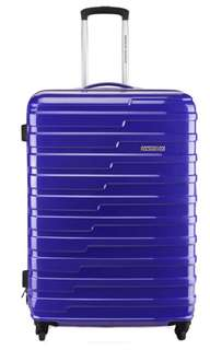 American Tourister Suitcase $30/Day only! Great for short trip! Please contact us for more details 😊