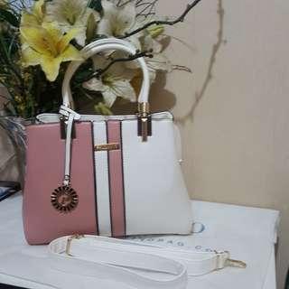 Palomino hand / sling bag