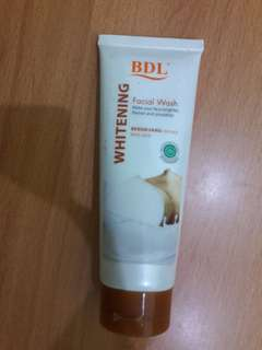 Preloved Whitening RDL Facial Wash Isi Kurleb 80%