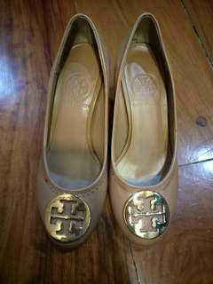 Overruns Tory Burch Shoes
