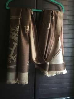 Hermes shawl with Logo H