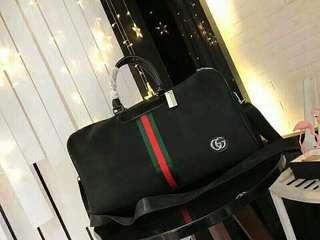 NEWW!! GUCCI TRAVEL BAG