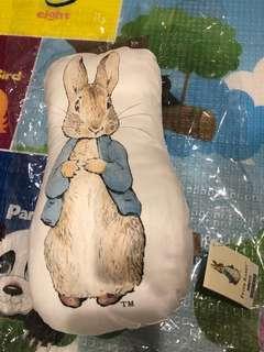 奇哥比得兔抱枕