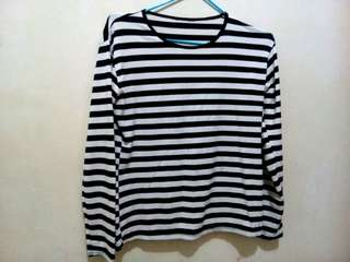 B&W cotton longsleeve
