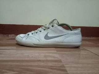 Nike murah (putih)