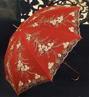金繡線出門紅遮 紅傘