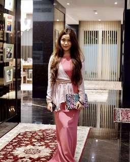 Jovian Mandagie pink dress
