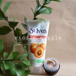 Share in jar 15gr St.IVES BLEMISH CONTROL APRICOT SCRUB