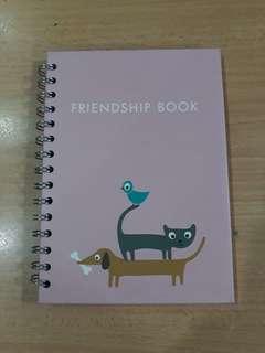kikki.K Friendship Book