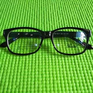 Kacamata Murah
