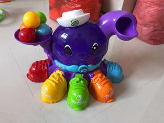 Leap frog octopus with 5 balls