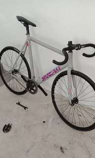 *SERVICINGS*(Fixie /Track bike )