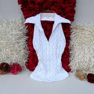 RAYURE PARIS White Floral Eyelet Halter Sleeveless Top - LIKE NEW