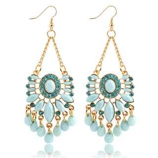 Lovisa green earrings NEVER WORN