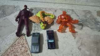 3 action figures and 2 hotwheels