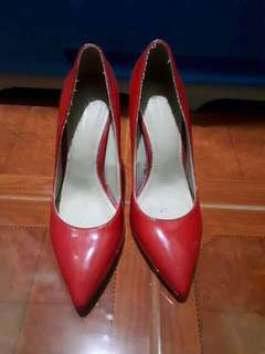 Preloved Fevermao Shoes 👠