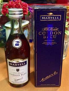 九十年代(Duty Free) 舊版 Martell Cordon Bleu 藍帶干邑酒辦 50ml 連盒